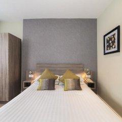Phoenix Hotel 3* Стандартный номер с двуспальной кроватью