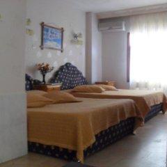Tolya Hotel 2* Стандартный семейный номер с различными типами кроватей