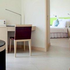 Отель Millennium Resort Patong Phuket 5* Улучшенный номер с двуспальной кроватью фото 4