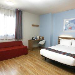 Отель Travelodge Madrid Alcalá Стандартный номер с двуспальной кроватью фото 4