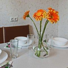 Отель Flathome24 Metro Komendanskiy Prospect Санкт-Петербург в номере