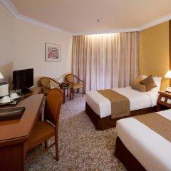 Отель Miramar Singapore 4* Номер Делюкс с различными типами кроватей фото 4