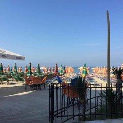 Hotel Sunrise Cameria пляж