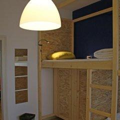 Отель Best Rest Guest House Номер категории Эконом с различными типами кроватей фото 11