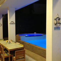 The Silk Hill Hotel гостиничный бар