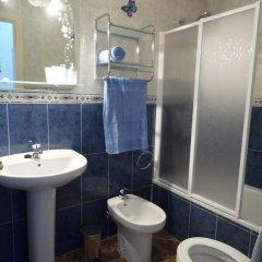 Отель La Zenia Holiday Home Испания, Ориуэла - отзывы, цены и фото номеров - забронировать отель La Zenia Holiday Home онлайн ванная фото 2