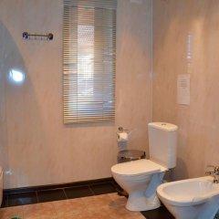 Мини-Отель Внучка Стандартный номер с двуспальной кроватью (общая ванная комната) фото 3