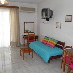 Отель Maria Studios & Apartments Греция, Петалудес - отзывы, цены и фото номеров - забронировать отель Maria Studios & Apartments онлайн комната для гостей фото 5