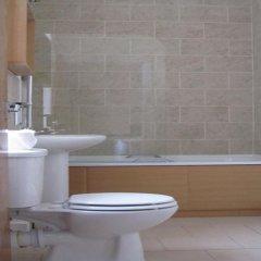 Отель The Kings Head ванная