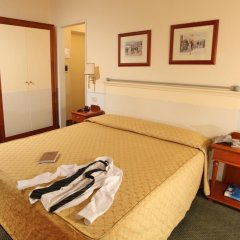 Hotel Delle Vittorie 3* Стандартный номер с двуспальной кроватью фото 9