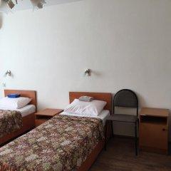 Гостиница Авиатор Номер Эконом разные типы кроватей (общая ванная комната) фото 2