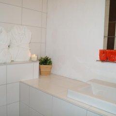 Отель Hotell Skeppsbron 2* Стандартный номер с двуспальной кроватью (общая ванная комната) фото 7