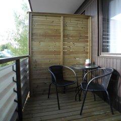 Отель Hotelli Anna Kern Финляндия, Иматра - отзывы, цены и фото номеров - забронировать отель Hotelli Anna Kern онлайн балкон