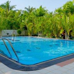 Отель Sagarika Beach Hotel Шри-Ланка, Берувела - отзывы, цены и фото номеров - забронировать отель Sagarika Beach Hotel онлайн бассейн фото 3