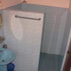 Отель Seagreen Guesthouse Шри-Ланка, Галле - отзывы, цены и фото номеров - забронировать отель Seagreen Guesthouse онлайн ванная фото 2