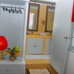 Отель Khalids Guest House Galle 3* Номер Делюкс с различными типами кроватей фото 6