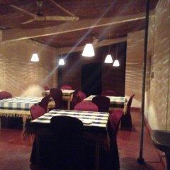 Отель Sumudu Guest House гостиничный бар
