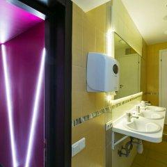 Гостиница HQ Hostelberry Кровать в общем номере двухъярусные кровати фото 47