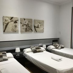 Отель Hotelo rooms Мадрид комната для гостей фото 8