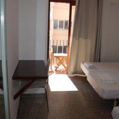Отель Hostal Las Nieves комната для гостей фото 2