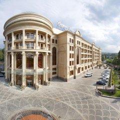 Гостиница Royal Tulip Almaty Алматы парковка