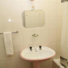 Отель Alojamento local Ideal 2* Стандартный номер с двуспальной кроватью (общая ванная комната) фото 4