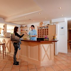 Отель Feichter Австрия, Зёлль - отзывы, цены и фото номеров - забронировать отель Feichter онлайн гостиничный бар
