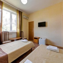 Гостиница Кузбасс комната для гостей фото 4