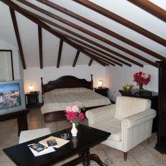 Виктория Отель 3* Люкс с различными типами кроватей