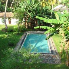 Отель Atapattu Walawwa Galle бассейн фото 2