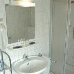 Отель Pension Weber Австрия, Вена - отзывы, цены и фото номеров - забронировать отель Pension Weber онлайн ванная