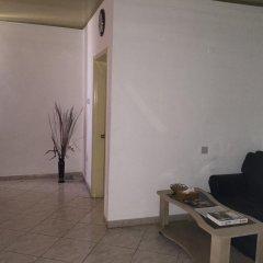 Отель Kesdem Hotel Гана, Тема - отзывы, цены и фото номеров - забронировать отель Kesdem Hotel онлайн интерьер отеля