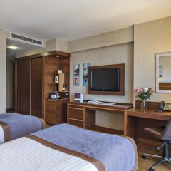 Отель Holiday Inn Istanbul Sisli удобства в номере