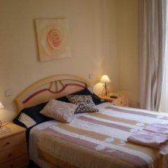 Отель Hostal Conchita II Стандартный номер с двуспальной кроватью фото 2