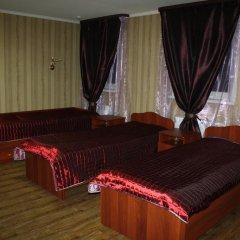 Гостиница Клуб Отель Фора в Кургане отзывы, цены и фото номеров - забронировать гостиницу Клуб Отель Фора онлайн Курган комната для гостей фото 4