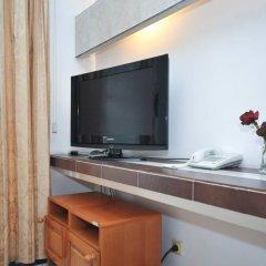 Отель Admiral Черногория, Будва - отзывы, цены и фото номеров - забронировать отель Admiral онлайн удобства в номере фото 2