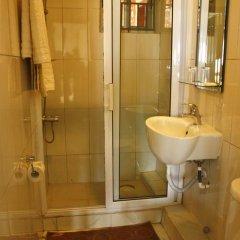 Отель Cheers Guesthouse ванная фото 2