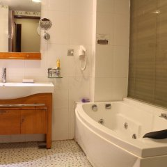 A25 Hotel Phan Chu Trinh 3* Номер Делюкс с различными типами кроватей фото 9