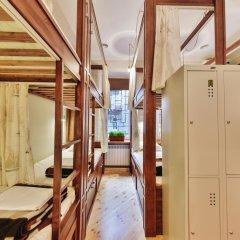 Отель Hipstel Кровать в общем номере