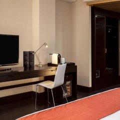 Отель NH Mexico City Centro Histórico 4* Улучшенный номер с различными типами кроватей фото 4