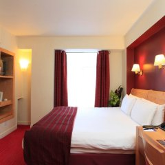 Отель Holiday Inn London - Kensington 4* Стандартный номер фото 2
