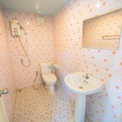Отель Rattana Resort Ланта ванная фото 2
