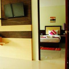 Отель AM Surin Place Номер Делюкс с двуспальной кроватью фото 2