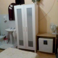 Отель Pensao Sao Joao da Praca 2* Стандартный номер с 2 отдельными кроватями (общая ванная комната) фото 4