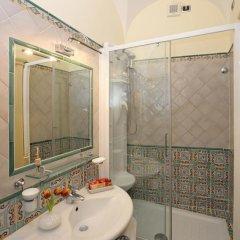Отель Residenza Del Duca 3* Улучшенный номер с различными типами кроватей фото 28