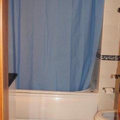 Хостел Ericeira Chill Hill Hostel & Private Rooms Стандартный номер с различными типами кроватей фото 16