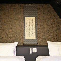 SAMURAIS HOSTEL Ikebukuro Стандартный семейный номер с двуспальной кроватью фото 6