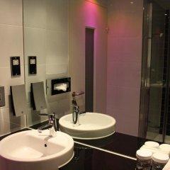 Отель Holiday Inn Express London Stratford 3* Стандартный номер с различными типами кроватей фото 4