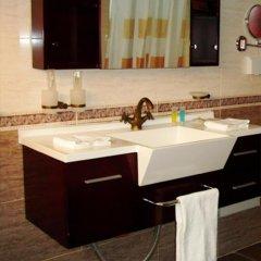 Отель L'Orchidee Hotel Республика Конго, Пойнт-Нуар - отзывы, цены и фото номеров - забронировать отель L'Orchidee Hotel онлайн ванная фото 2