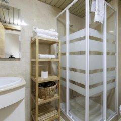 Отель Apartamentos Atocha Испания, Мадрид - отзывы, цены и фото номеров - забронировать отель Apartamentos Atocha онлайн ванная